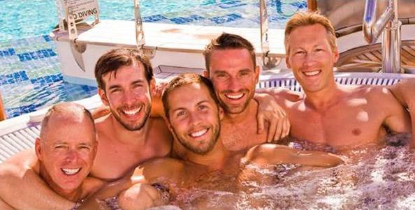 cruz-gay-amesterdam-barcelona-julho-20-1